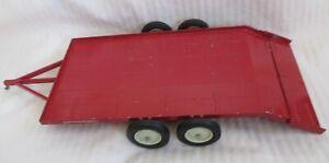 Vintage Ertl International Harvester Low Bed Trailer Die-Cast Steel 1/16 Scale