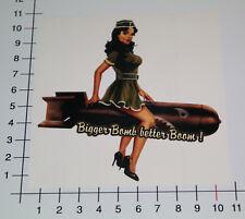 Bigger Bomb better boom Pegatina Sticker pinup Lady v8 Youngtimer Fun nos-0036