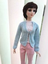 """Outfit gilet  bleu ciel pour poupee doll Tonner American Models 22"""" fait main"""