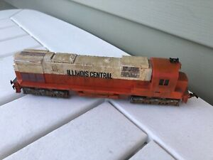 TYCO MANTUA 4301 ILLINOIS CENTRAL GULF HO SCALE TRAIN ENGINE Works Dirty Coat