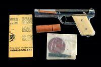 VINTAGE.1937 SHARPSHOOTER BULLS EYE BULLSEYE MFG CO METAL PISTOL GUN With BOX