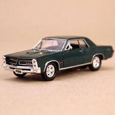 1965 Metallic Green Pontiac GTO Die-Cast Model Car 12.5cm Pull-Back Open Doors