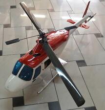 Ferngesteuerter RC-Helikopter / Hubschrauber mit Verbrennungsmotor / 160 cm