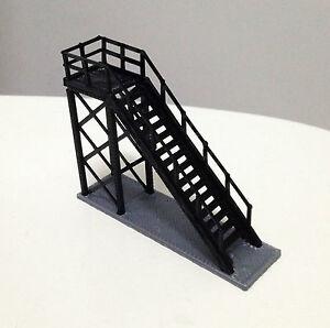 Outland Models Railway High Command / Signal Platform for Station HO OO Gauge