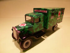 A  TIN TOYS BLECH - ARMY MILITARY  AMBULANCE - GOOD CONDITION