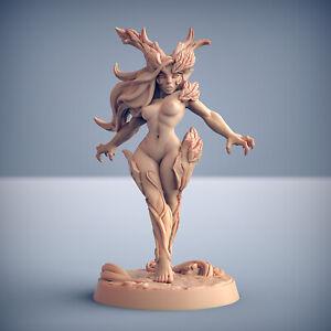 Dryad Elf Nature Pinup - Artisan Guild Fantasy Dungeons and Dragons Miniature