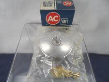 NOS Locking Gas Cap 1961-1962 Corvette 1961-64 Corvair 1961-63 Tempest 6410410