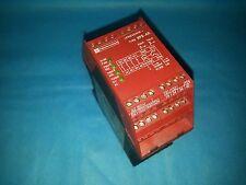 SCHNEIDER ELECTRIC TELEMECANIQUE XPS-AK351144 SAFETY RELAY 300V 5AMP SHIPSAMEDAY