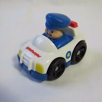 Fisher Price Little People WHEELIES POLICEMAN in POLICE CAR Cop Police Man Rare