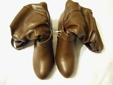 White Mountain Women Boots Shoes Sz 7.5M Brown