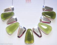Collares y colgantes de bisutería color principal verde de vidrio