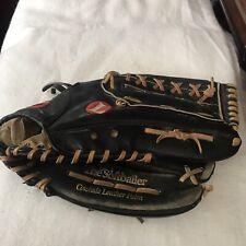 "LOUISVILLE SLUGGER HBG9BT RHT 13.5"" The Softballer Softball Glove"