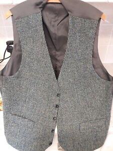 Busch waistcoat. Harris tweed.