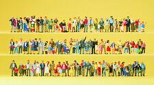 Preiser 13002 auf Straßen und Plätzen 100 Figuren