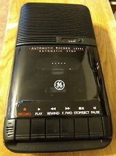 Cassette Tape Recorder Ge model 3-5025A, Battery or Ac, Vintage, slightly used
