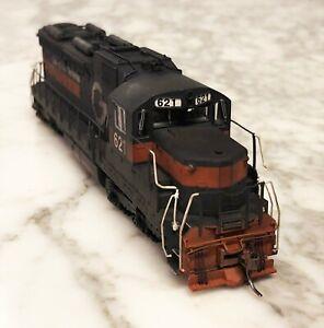 Atlas Master Series HO Springfield Terminal SD26 Diesel Locomotive Weathered
