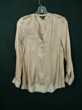 H&M LADIES GOLD SILKY SMOOTH LONG SLEEVE BLOUSE W/GOLD HARDWARE SZ: 4 H-91