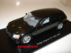 Spark S0852 Dodge Magnum Rt Hemi 2005 Black to the / Of 1 /43°
