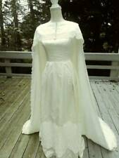 1960�s Era Sleeveless Wedding Gown with Fabulous Train Cape.