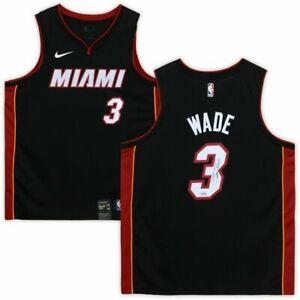 DWYANE WADE Autographed Miami Heat Black Nike Jersey FANATICS