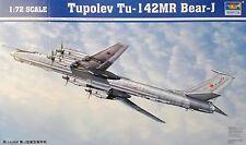 TRUMPETER® 01609 Tupolev Tu-142MR Bear-J in 1:72