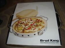Broil King Imperial Restaurant Quality Pizza Stone & Pizza Peel Grill Set