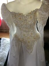 Demetrius Wedding Dress Size 14 This was only displayed on Mannequin partial Tag