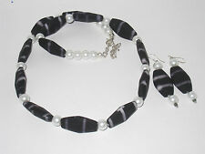 Pearl/Oval Black/White Beads Necklace with Earrings Set