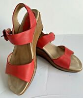 Womens Dansko Wedge Red Leather Sandals Size 7.5 38