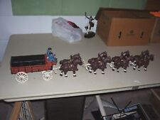 Vintage Cast Iron Horse Drawn Beer Wagon Dog 2 Driver 8 Clydesdale 26 Barrels