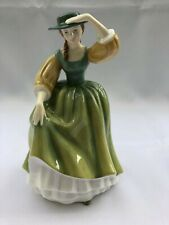Royal Doulton Figurine HN2379 Pretty Ladies - Buttercup