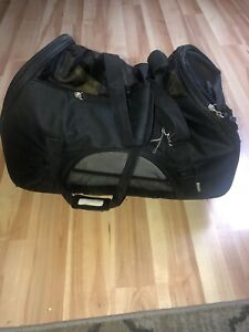 Comfort Wheeled Carrier for Dogs & Pets - mobility Traveler. Condition Used.