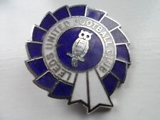 Leeds United Football Club Enamel  Badge (2)