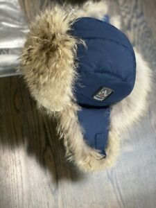 Canada Arctic Bay classique Big coyote  down  hat  made in Canada  msrp 245$