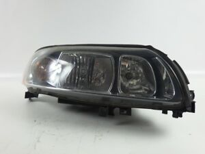 30698836 Headlight Headlight Right Volvo V70 II Combi (P26) 2.4 D5
