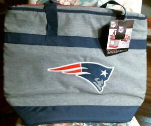"NFL New England Patriots Coleman Insulated Bag, 21"" x 16"" x 8"", NWT"