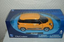 VOITURE NEW RAY CITY CRUISER FIAT 500 L  DIE-CAST NEUF  1/24 CAR/COCHE JAUNE