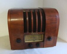 """Altes Röhren Radio Mende M 245 """"fliehende Stirn"""" antique tube radio Art Deco"""
