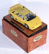 BBURAGO 3741, 1:18, Lamborghini Diablo (1990), su presentazione Brett #ab1009g