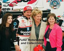 DALE EARNHARDT SR & TERESA DAYTONA 500 VICTORY LANE 1998 8X10 PHOTO NASCAR CUP