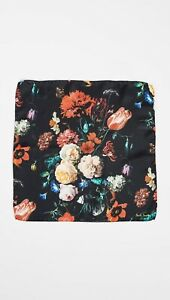NWT $95 Paul Smith Silk Floral Pocket Square/ Handkerchief, Made in Italy.