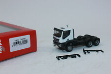 Herpa 310529 Iveco Trakker Tractor 6×6 White 1:87 Ho New Original Packaging