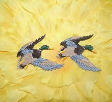 VINTAGE LOT OF 2 EMBROIDERED IRON MALLARD DUCK IRON ON PATCH / NOS 3