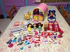 Lot Of Strawberry Shortcake Dolls, Horse, Stable - Accessories PLAYMATES