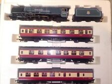 HORNBY R2303M THE ROYAL SCOT TRAIN PACK PRINCESS ALEXANDRA LOCO & COACHES