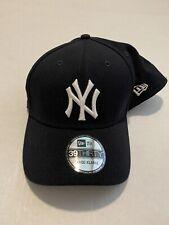New Era New York Yankees MLB Black 39THIRTY Size: L/XL Flex Fit Hat