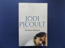 | @Oz |  NINETEEN MINUTES By Jodie Picoult (2007), SC