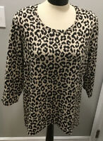 CHICO'S Sz 2 Women Animal Print Stretch Jersey Round Neck 3/4 Sleeve Shirt
