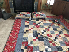 Queen size comforter with matching shams