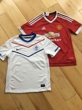 MANCHESTER UNITED HOME SHIRT  WITH HOLLAND AWAY SHIRT V.PERSIE NO.10AGE 10/12